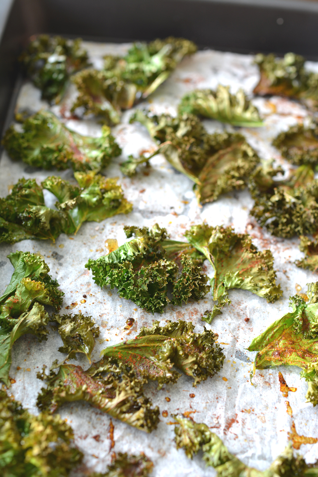 01 Baked on Tray Kale