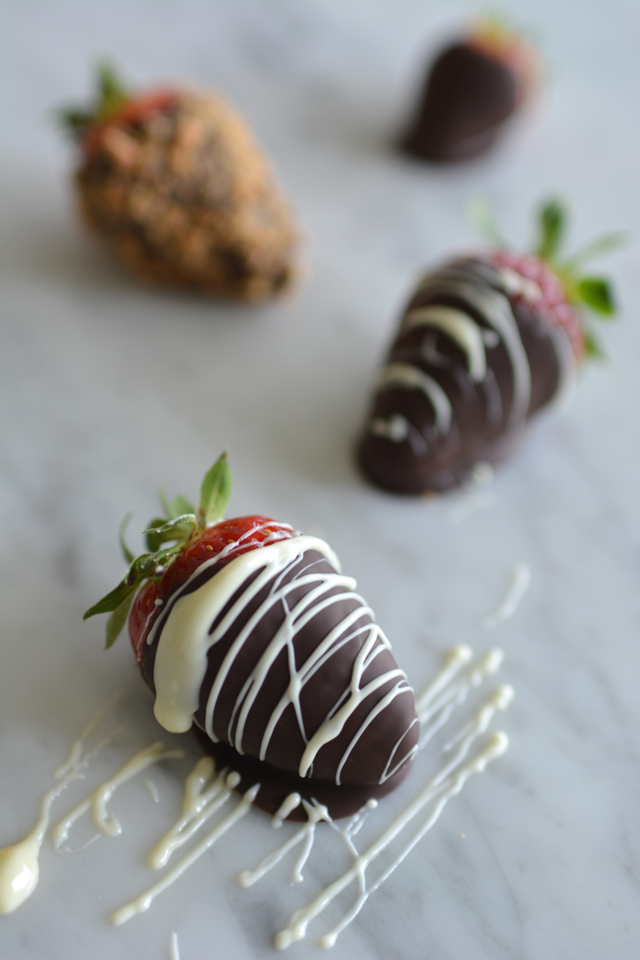 01 Coated Strawberries
