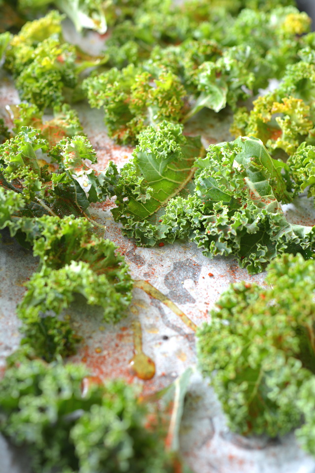 01 Dressed Kale on Tray
