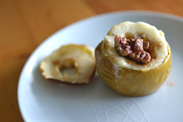 01 Pecan Pie Apple