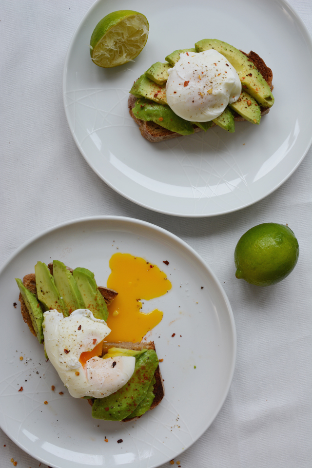 20 Delicious Avocado Toast Recipes 34