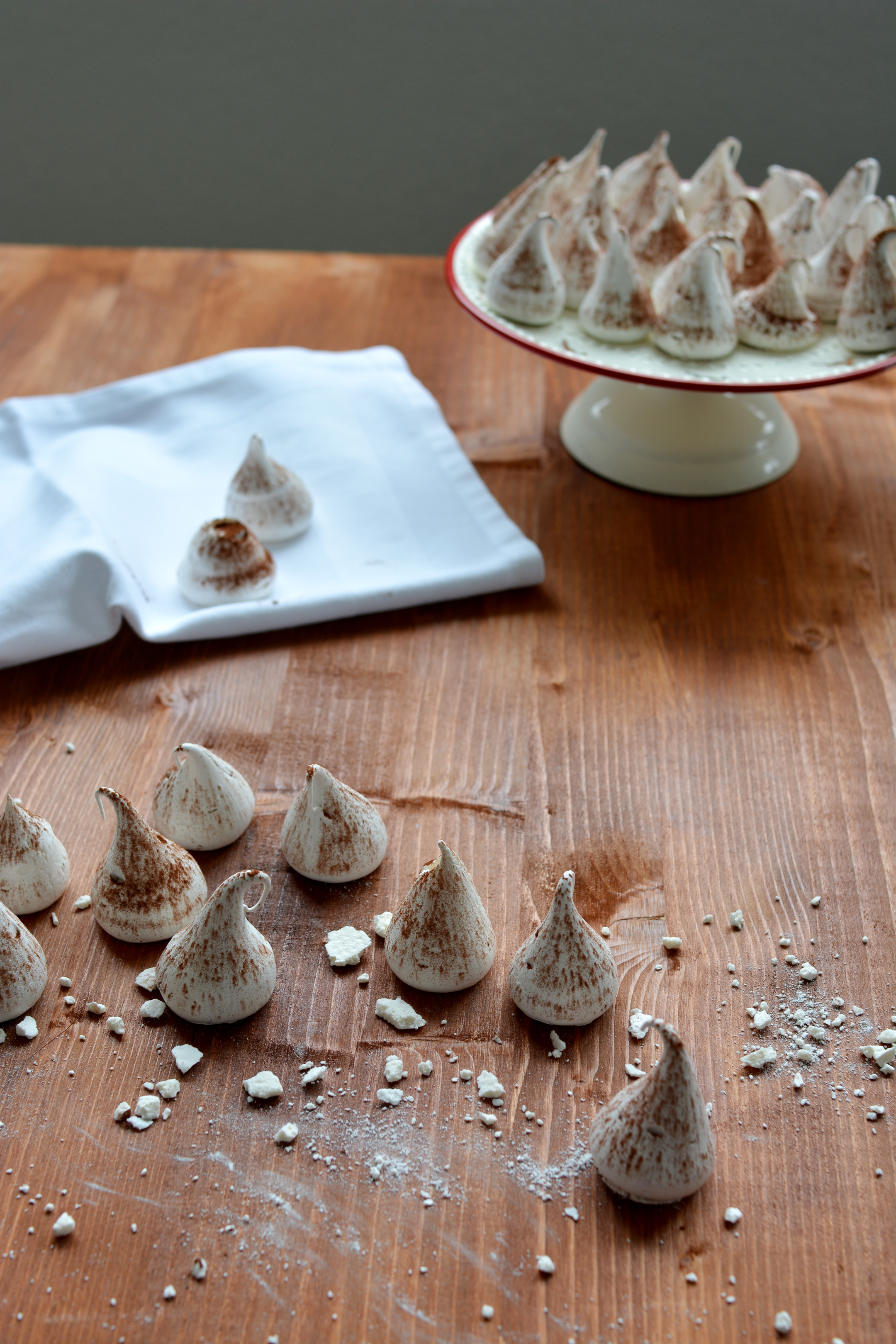 Swiss Meringue Kisses 7