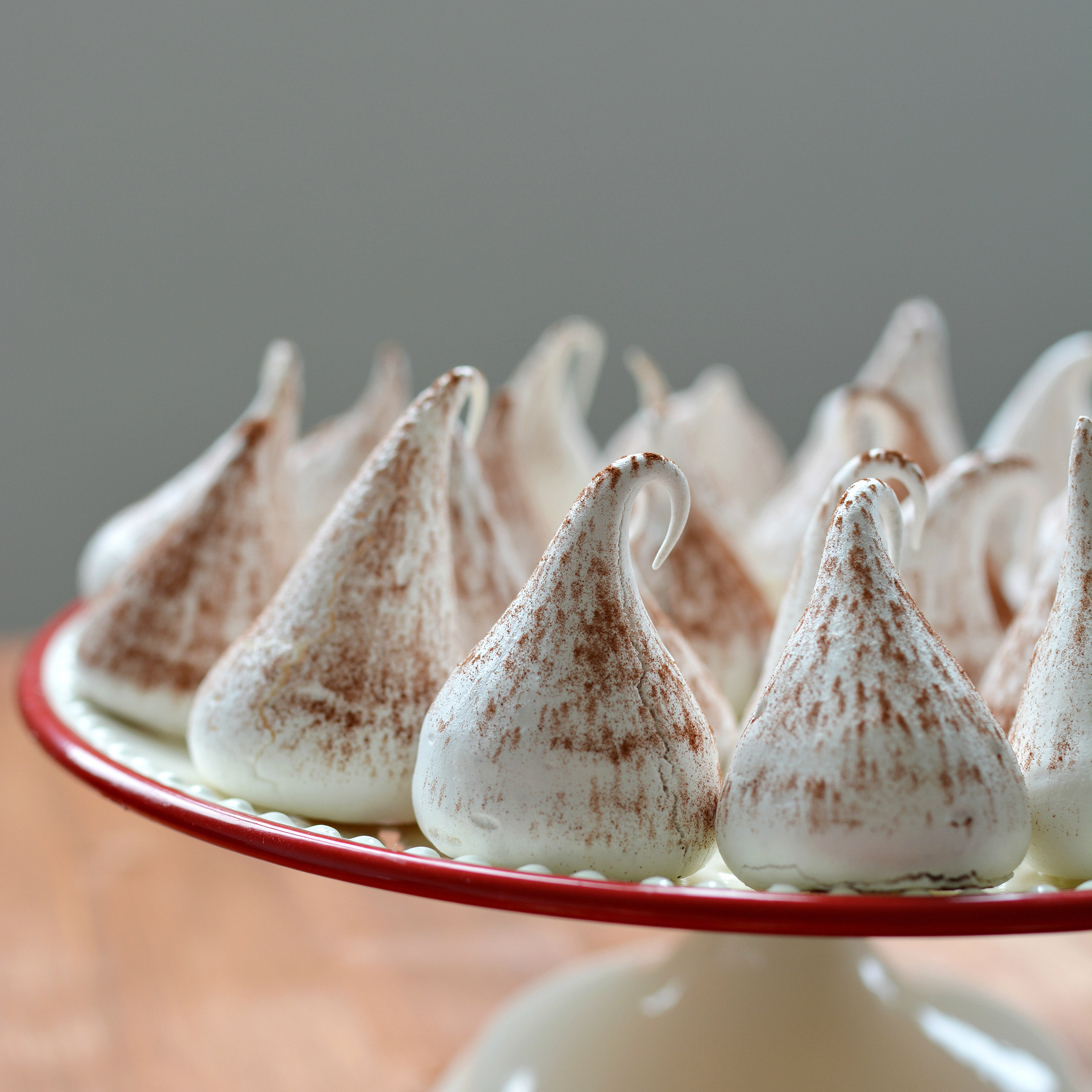 Swiss Meringue Kisses | Lauren Caris Cooks