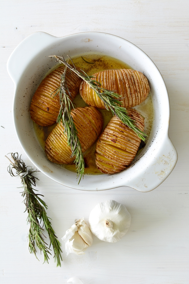 Garlic Roast Potatoes 4