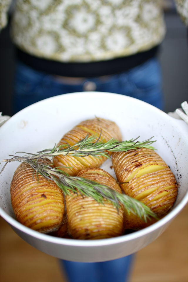 Garlic and Rosemary Hasselback Potatoes - Lauren Caris Cooks