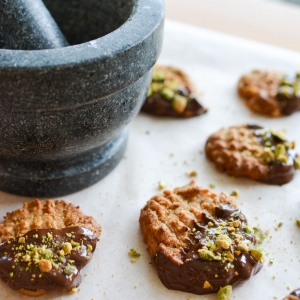 Flourless Peanut Butter, Chocolate and Pistachio Cookies