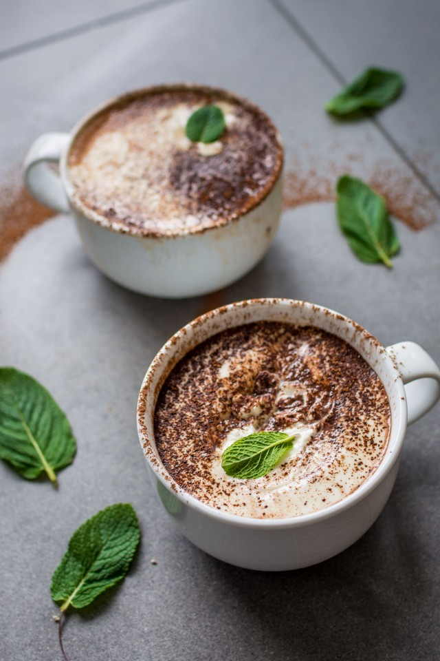Vegan Peppermint Hot Chocolate that is JUST as good as the original ...