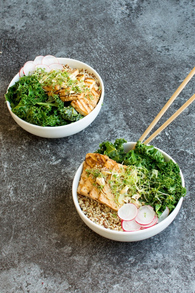 These Teryaki Tofu Bowls make a perfect lunch or dinner, great for making ahead and packing for a nutritious lunch at work! Tofu is a fantastic blank canvas for all the wonderful teryaki flavours, come and see how easy this is to make!!