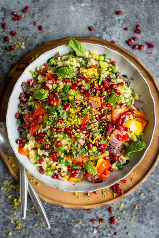 Vegan Roasted Vegetable and Wheat berry Risotto. Super easy and hearty, this combination of sweet vegetables and savory wheat berries is your new favourite Fall dish!