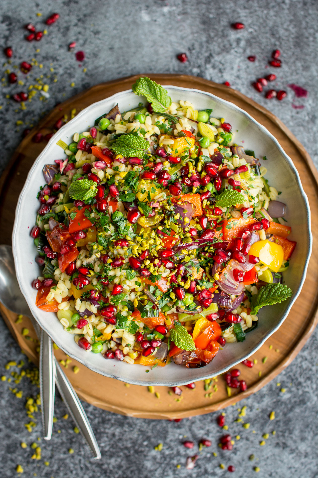 Vegan Roasted Vegetable and Wheat berry Risotto. Super easy and hearty, this combination of sweet vegetables and savory wheat berries is your new favorite Christmas dinner recipes dish!