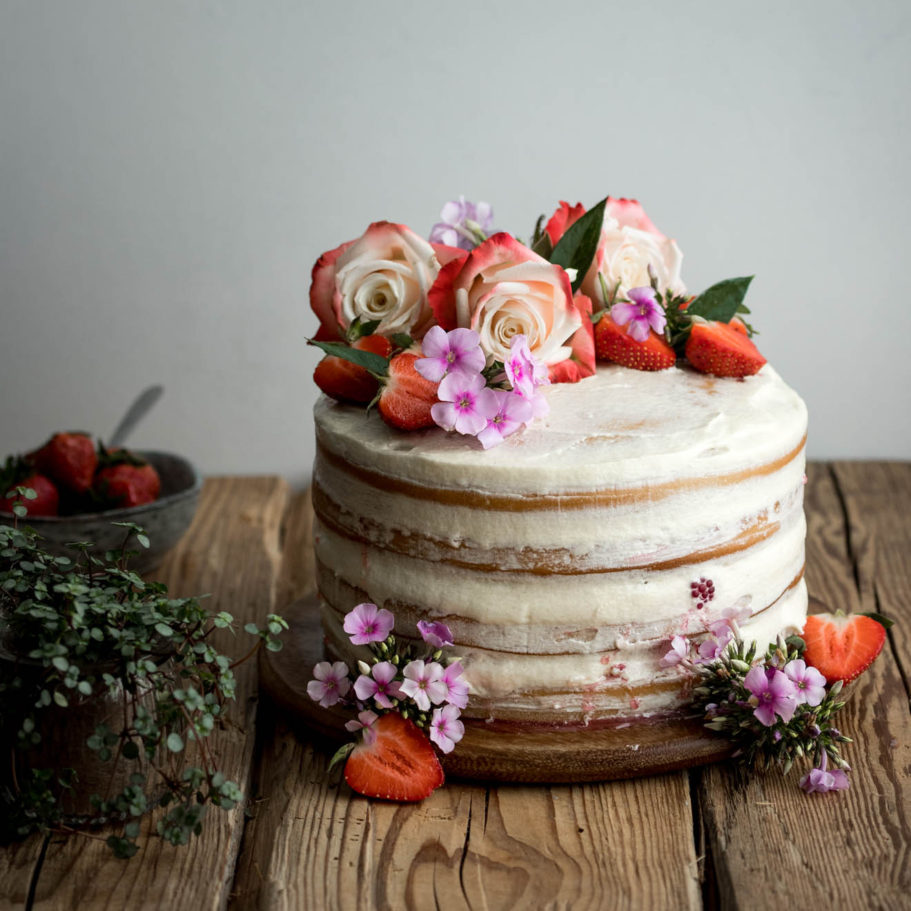 Flower Design Wedding Cake