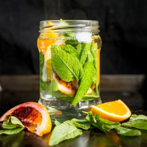 This calming, fragrant fresh orange and mint tea is perfect for relaxing in the afternoon or evening. Let the natural flavour of the mint leaves infuse the water while you chill out!