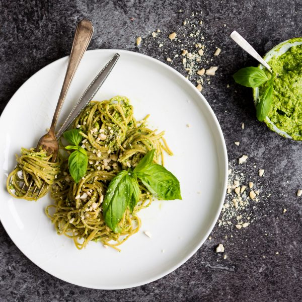 Vegan, Oil Free, Basil and Avocado Pesto Spaghetti. A simple staple dinner that's whipped up in no time!