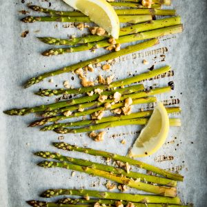 Roasted Asparagus with Balsamic Vinegar and Lemon
